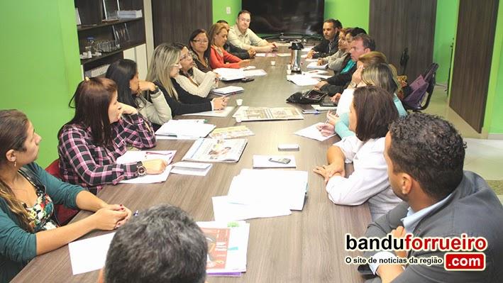 Prefeitura cria comissão para ajudar adolescentes infratores de Ferraz