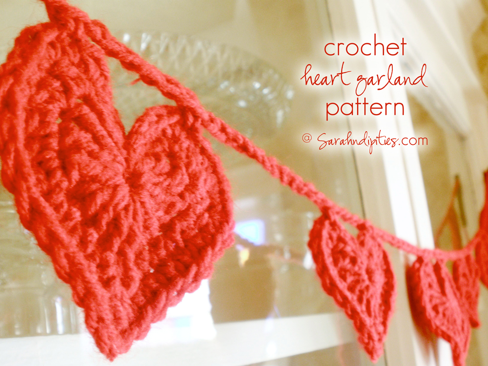 ... handmade finds: Things to Make: Crocheted Heart Garland Pattern