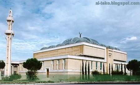 [Image: La+Grande+Mosche+Roma.jpg]