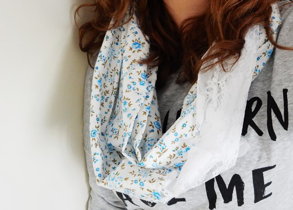 DIY : un snood pour le printemps