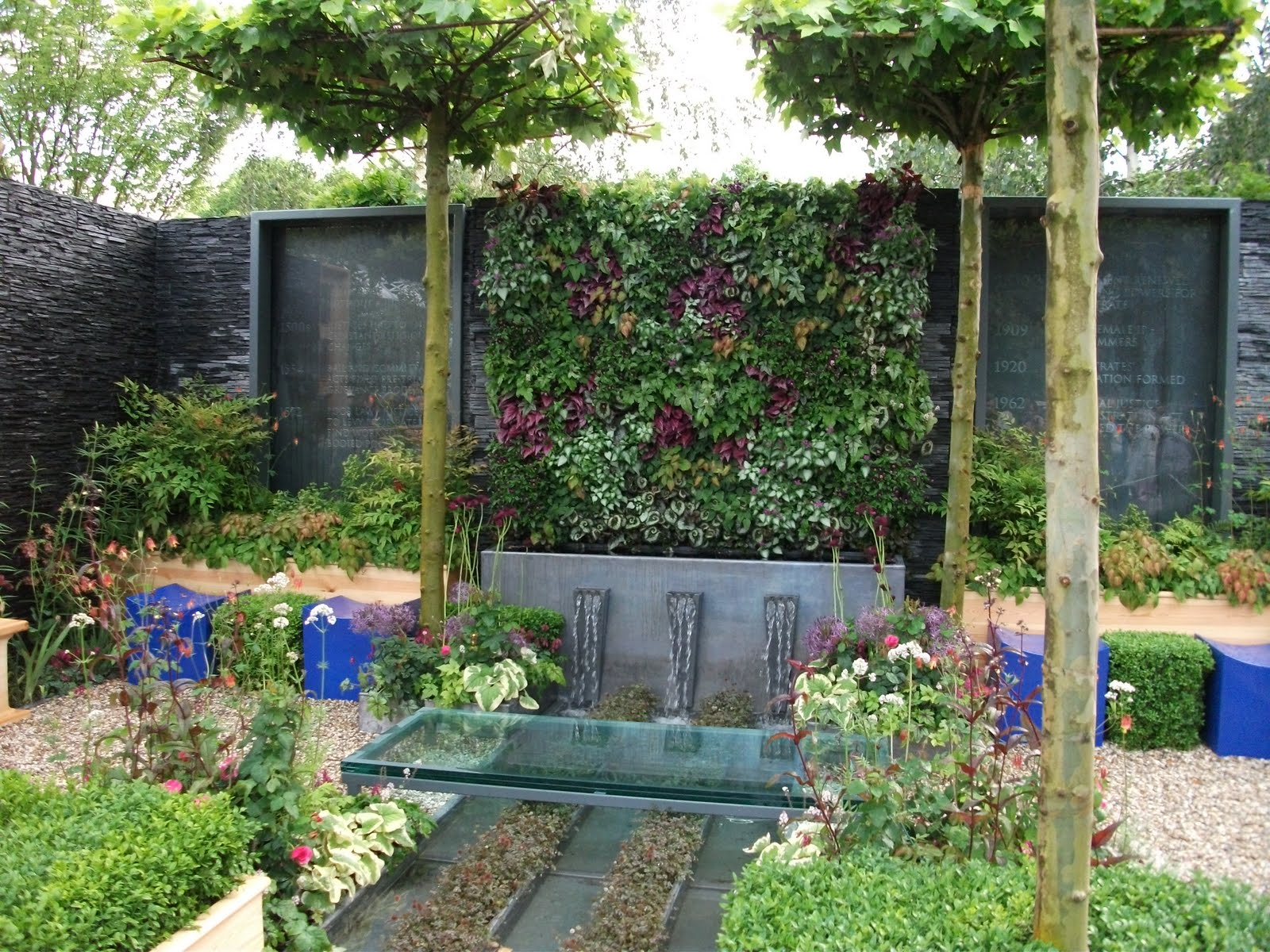 Annie 39 s little plot chelsea flower show the small gardens for Garten ideen gestaltung