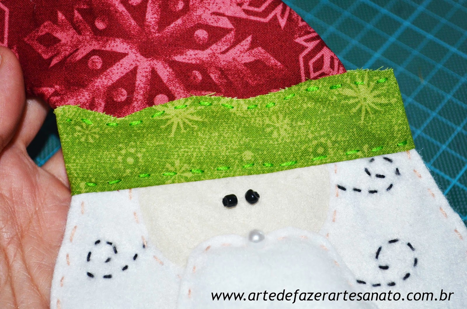 Papai Noel em tecido montagem da touca