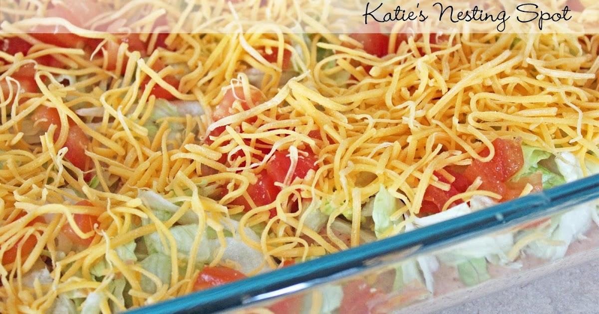 Katie's Nesting Spot: Skinny Taco Dip from Skinnytaste
