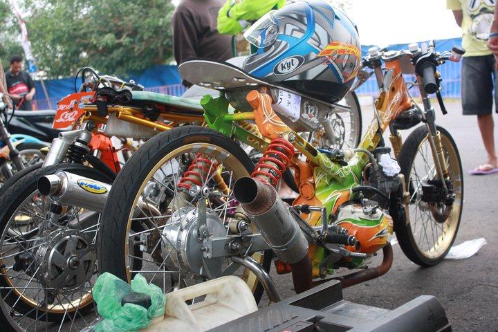 DRAG RACING TEAM | DRAG BIKE EVENT: Oktober 2011