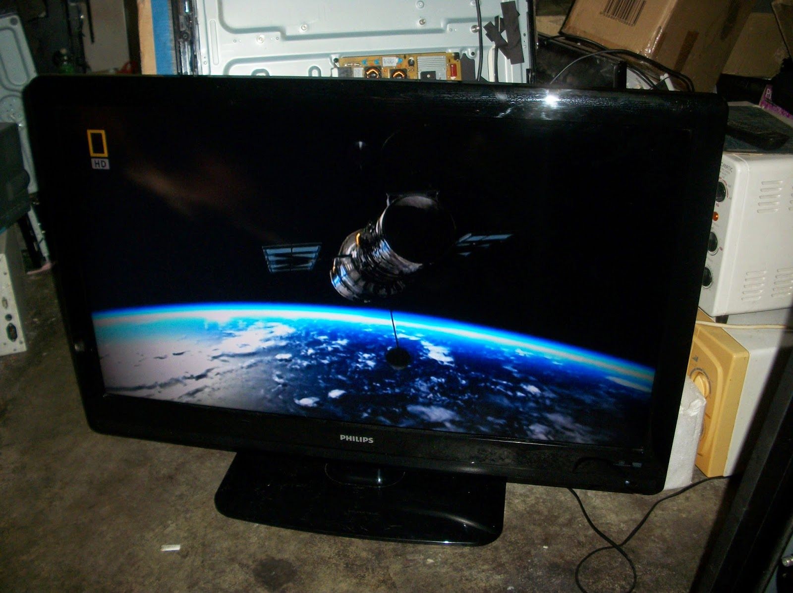 how to fix lcd tv picture reddit