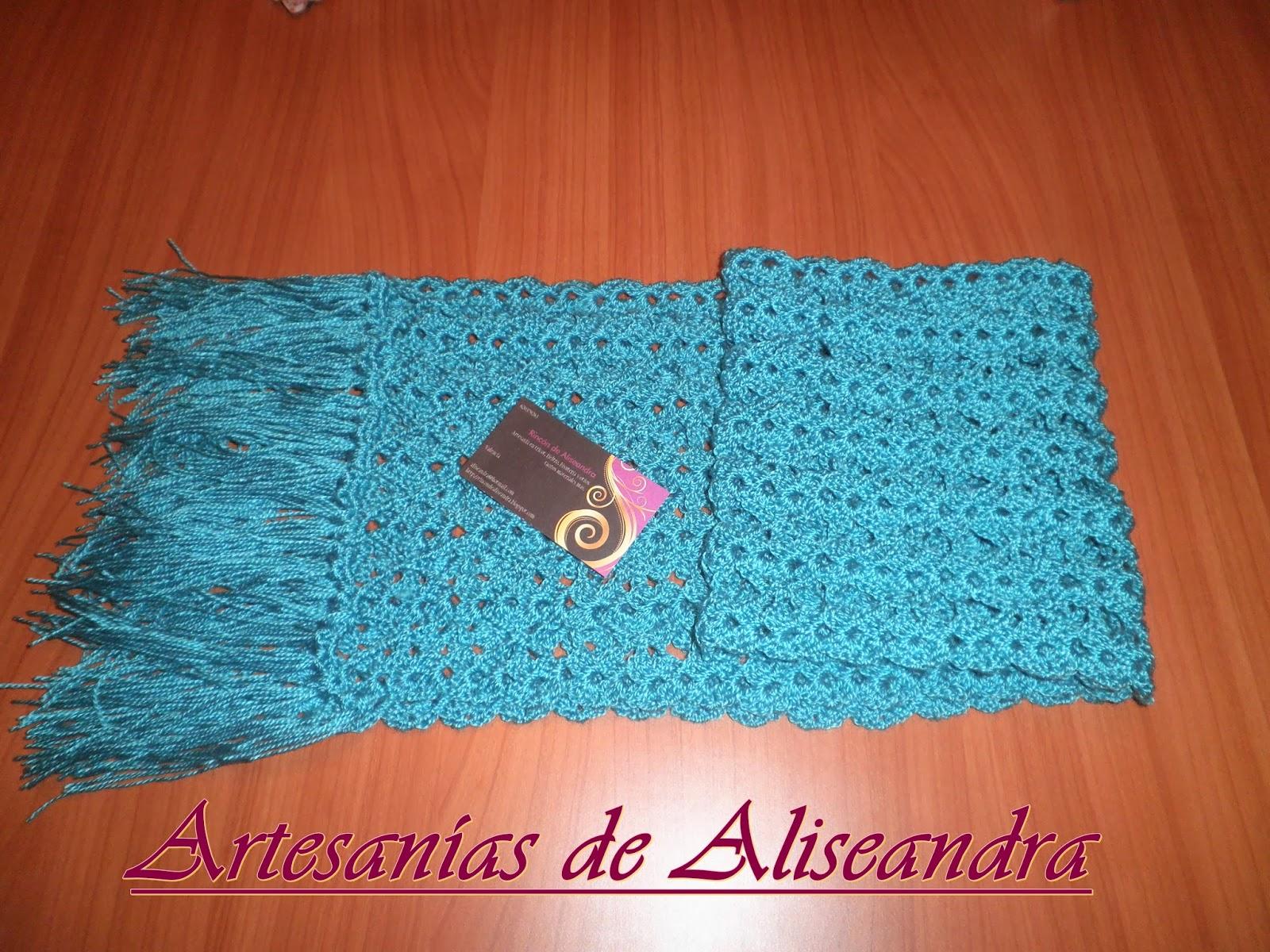 Aquí tenéis la bufanda para mujer, está tejida a crochet, en un color verde aguamarina precioso y es bien abrigadita¡¡