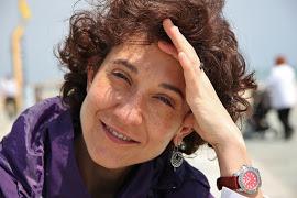 Mònica Lapeyra i Pertussini. Psicoteràpia, PNL, creixement personal, formació, teambuilding.