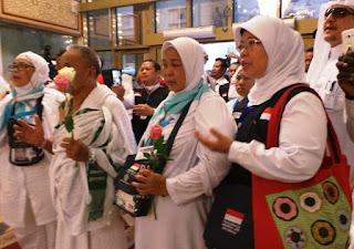 Subhanallah, Solawat Nabi Bergema di Tanah Haram Sambut Jamaah Haji Nusantara