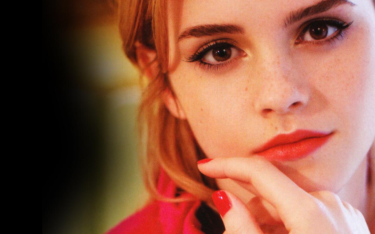 http://2.bp.blogspot.com/-2moTChoqyIc/TZSkV9OizjI/AAAAAAAAAJ0/lQU7-fS9JTs/s1600/Emma+Watson_KD+%252865%2529.jpg