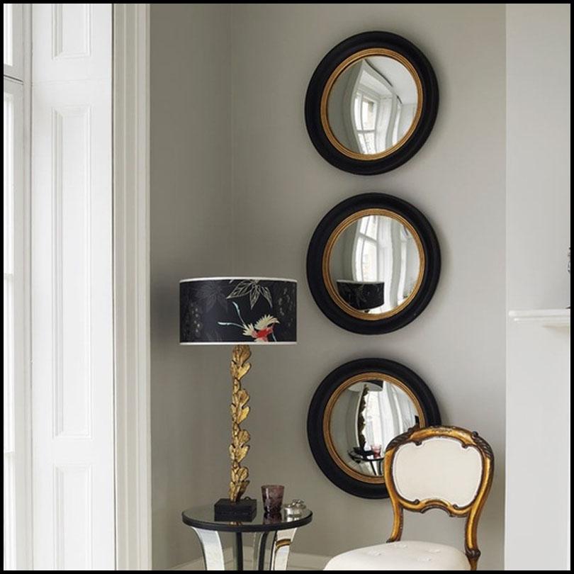 colgarlos es la opcin ms adecuada para espejos con marcos muy trabajados y en ambientes clsicos otras veces porque el tamao del espejo es pequeo para