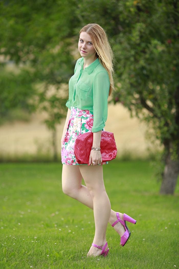 nejlepší česká blogerka, růžové boty, květovaná sukně, zara