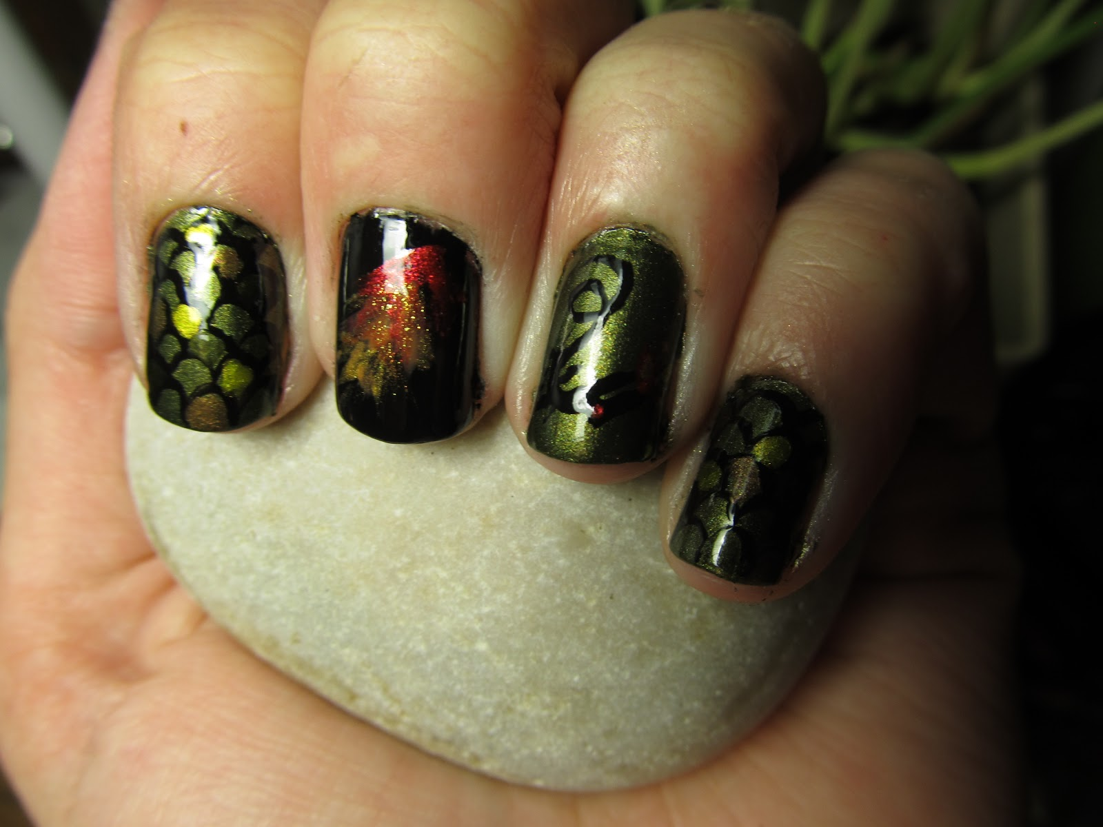 Nevermind Everlasting: Game of Thrones Inspired Dragon Nails!