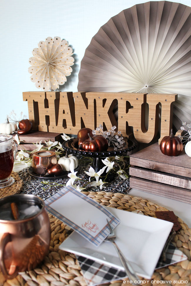 thankful, thanksgiving table decor ideas, copper accents, mule mug