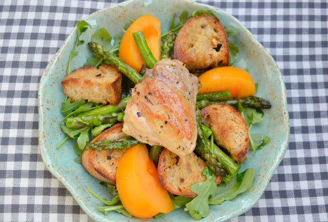 chicken and asparagus bread salad recipe