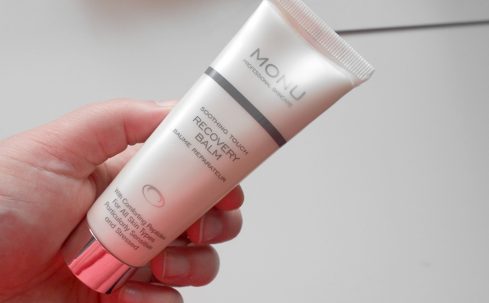 monu soothing touch recovery balm review skincare sensitive skin