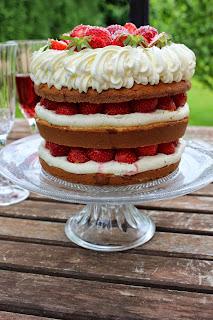Naked Cake coco fraises chocolat blanc