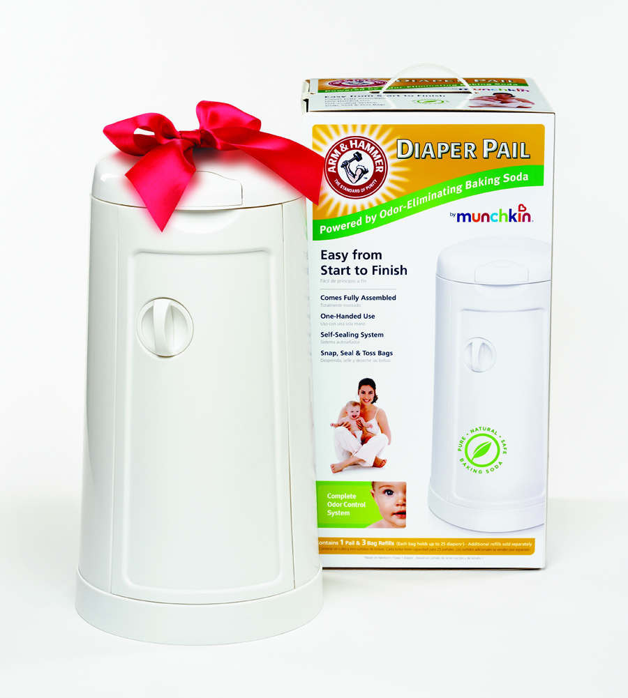 DiaperPail holidayv2 resized graco touch free diaper pail Review: Graco Touch Free Diaper Pail