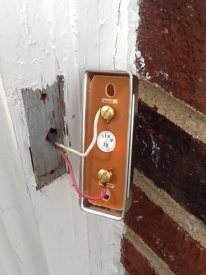 how do i fix a broken doorbell honest and truly. Black Bedroom Furniture Sets. Home Design Ideas