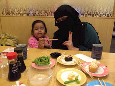 HOLIDAY #2 : MAKAN-MAKAN DI SUSHI KING
