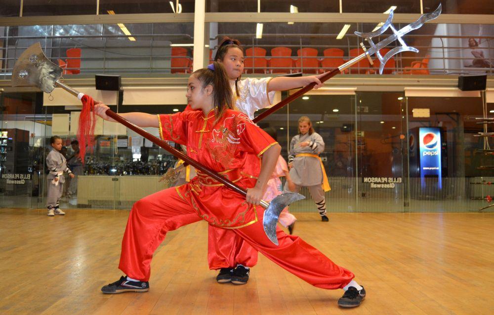 Kung-Fu Alcala de Henares - Azuqueca de Henares - Maestro Senna y Maestra Paty Lee. Tlf:626 992 139