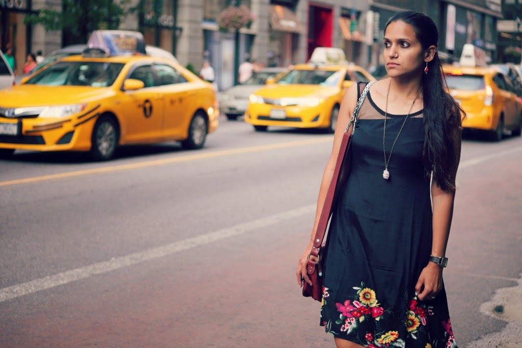 Black Dress, New York City, Flats, Tanvii.com