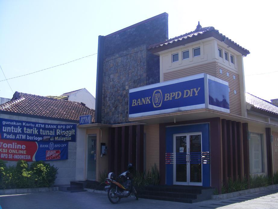 Lowongan Kerja Terbaru 2013 Bank BPD DIY Yogyakarta - D3 dan S1 Semua Jurusan