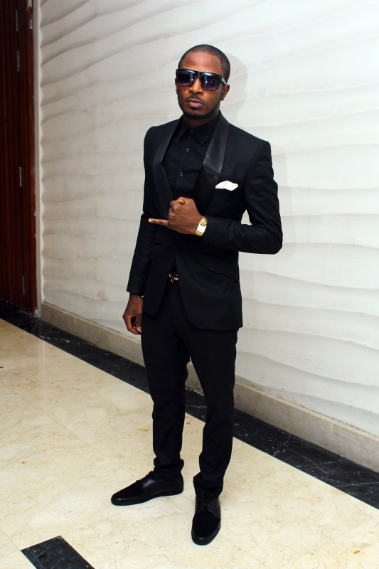 my fashion my lyfe style spottings tunde ednut in all black everything. Black Bedroom Furniture Sets. Home Design Ideas