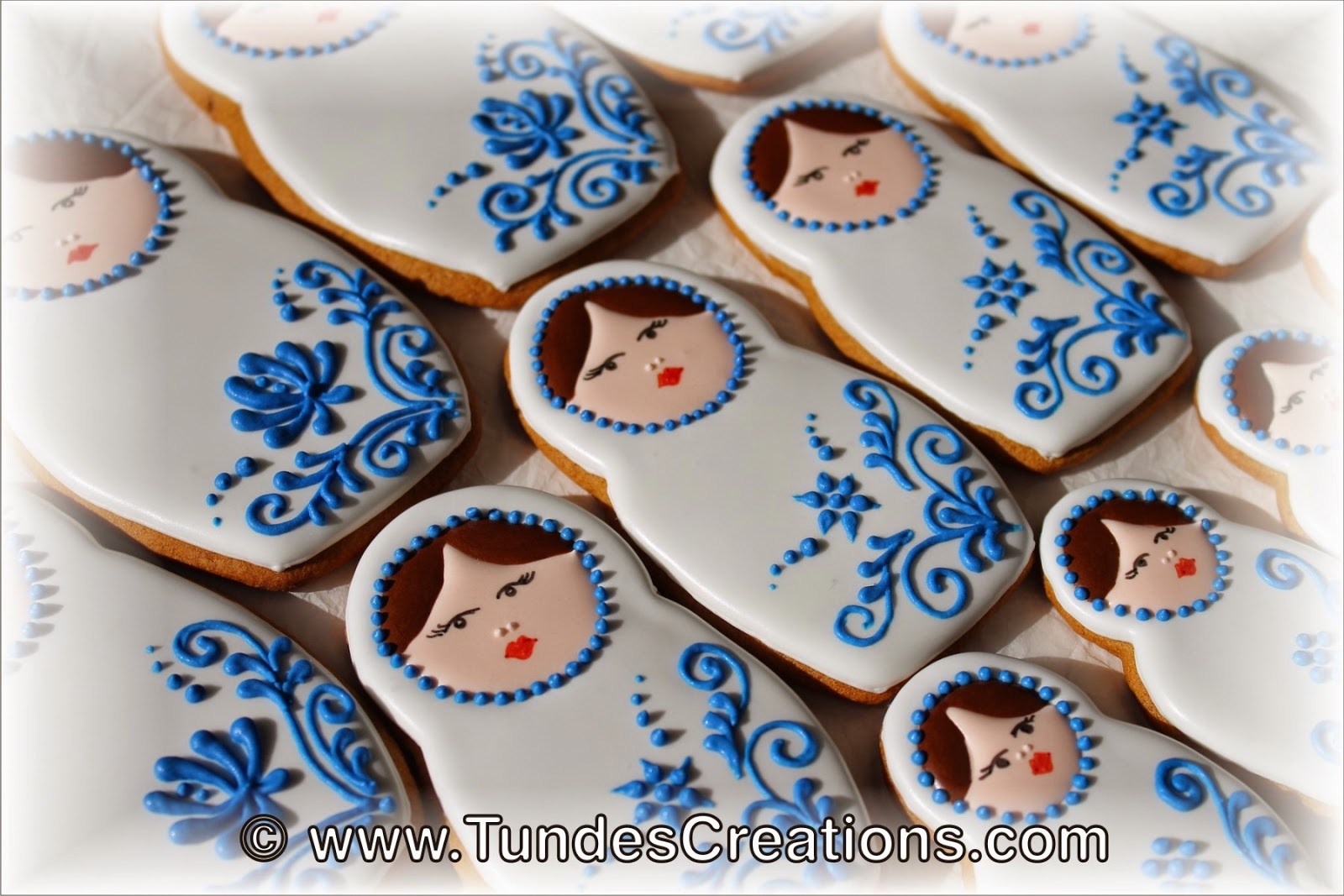 Matryoshka doll cookie