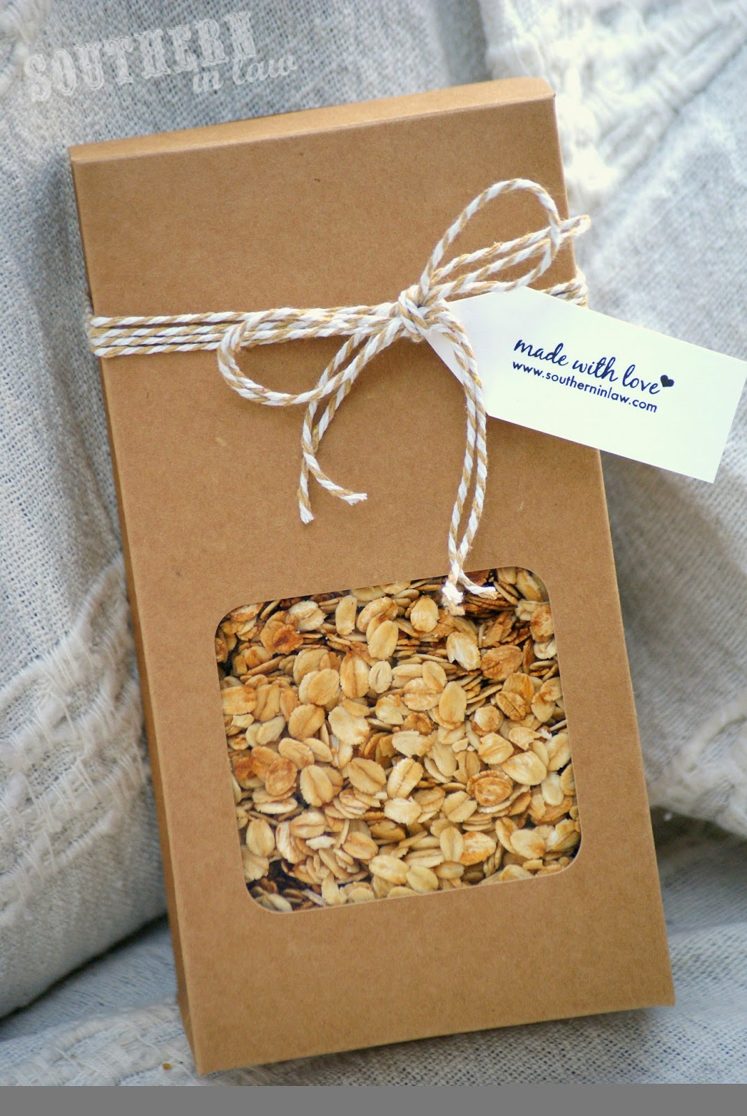 How to Package Homemade Granola for Gifting - Easy Homemade Gift Ideas How-To - Homemade Granola Gift Recipe