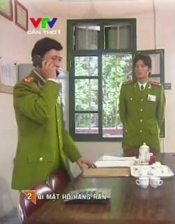 Xem Phim Bí Mật Hồ Hang Rắn - Canh Sat Hinh Su Bi Mat Ho Hang Ran