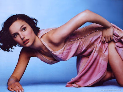 Hollywood Actress Natalie Portman Wallpaper-1440x1200-07