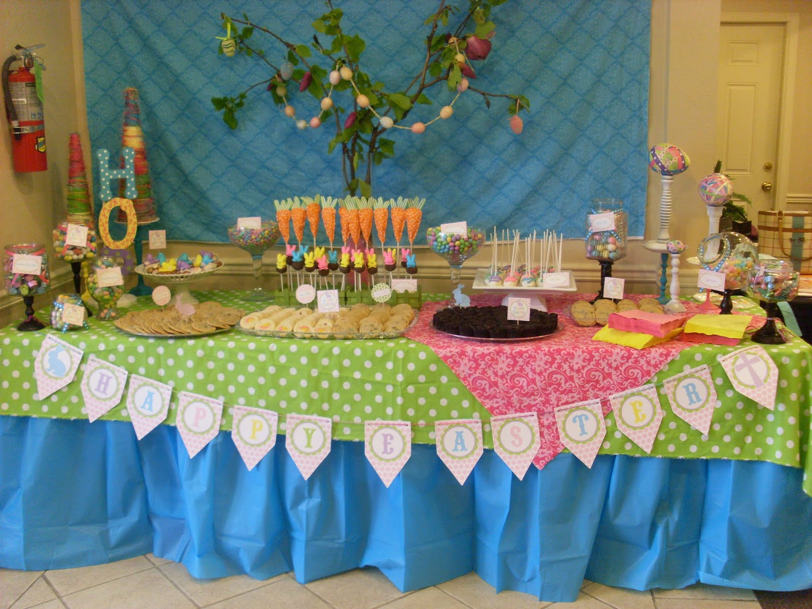 Close Up Pic Of The Downstairs Dessert Table