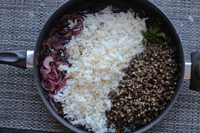 Mujadara | Lentils and Rice with Caramelized Onions Spiced Yogurt Recipe