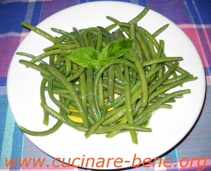 Insalata di fagiolini cucinare bene ricette - Cucinare i fagiolini ...