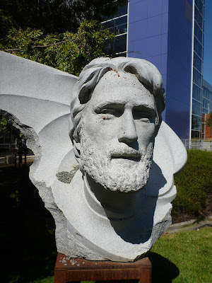 """Spirit of Thalassa"" carved by Viktor (2006) in honor of Legend of the Sea Philippe Cousteau (1940 – 1979), son of Jacques-Yves Cousteau"