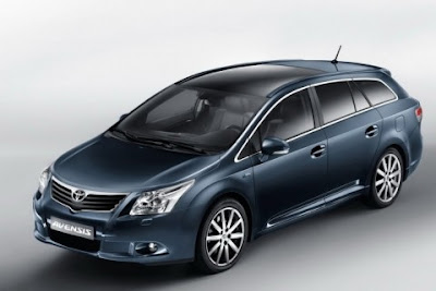 Toyota New Avensis 2012