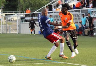 CIBAO FC GOLEO 4-1 al BARCELONA