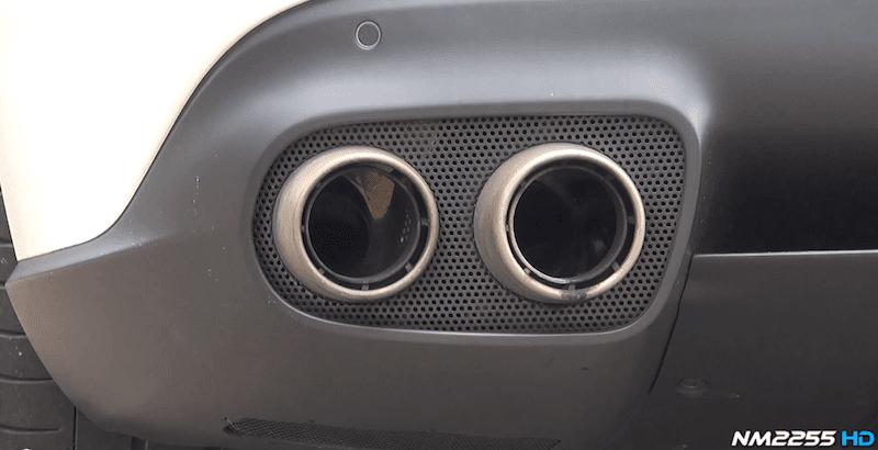フェラーリF12ベルリネッタの排気音