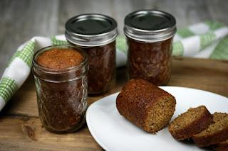 bread-in-jars