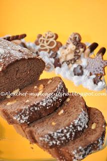 Plum cake cioccolato e pinoli