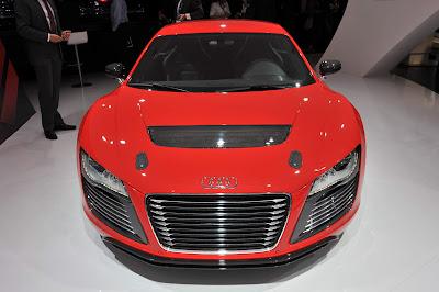 Audi-R8-eTron-Concept-Front-View