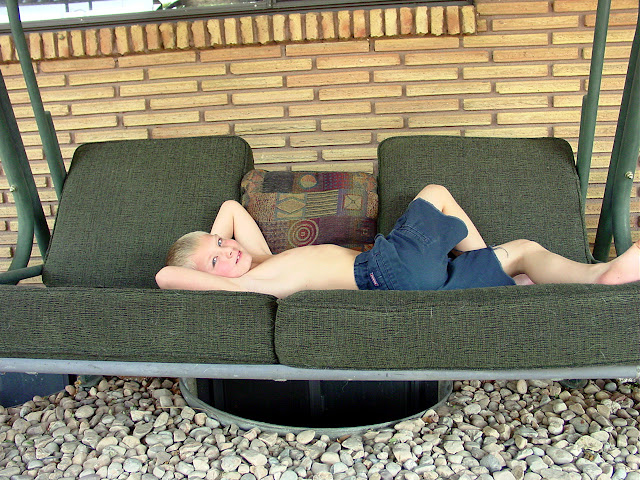 freebie porch swing