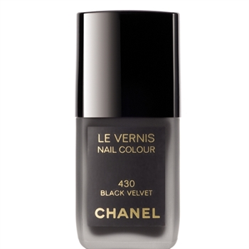 chanel black velvet kim loves