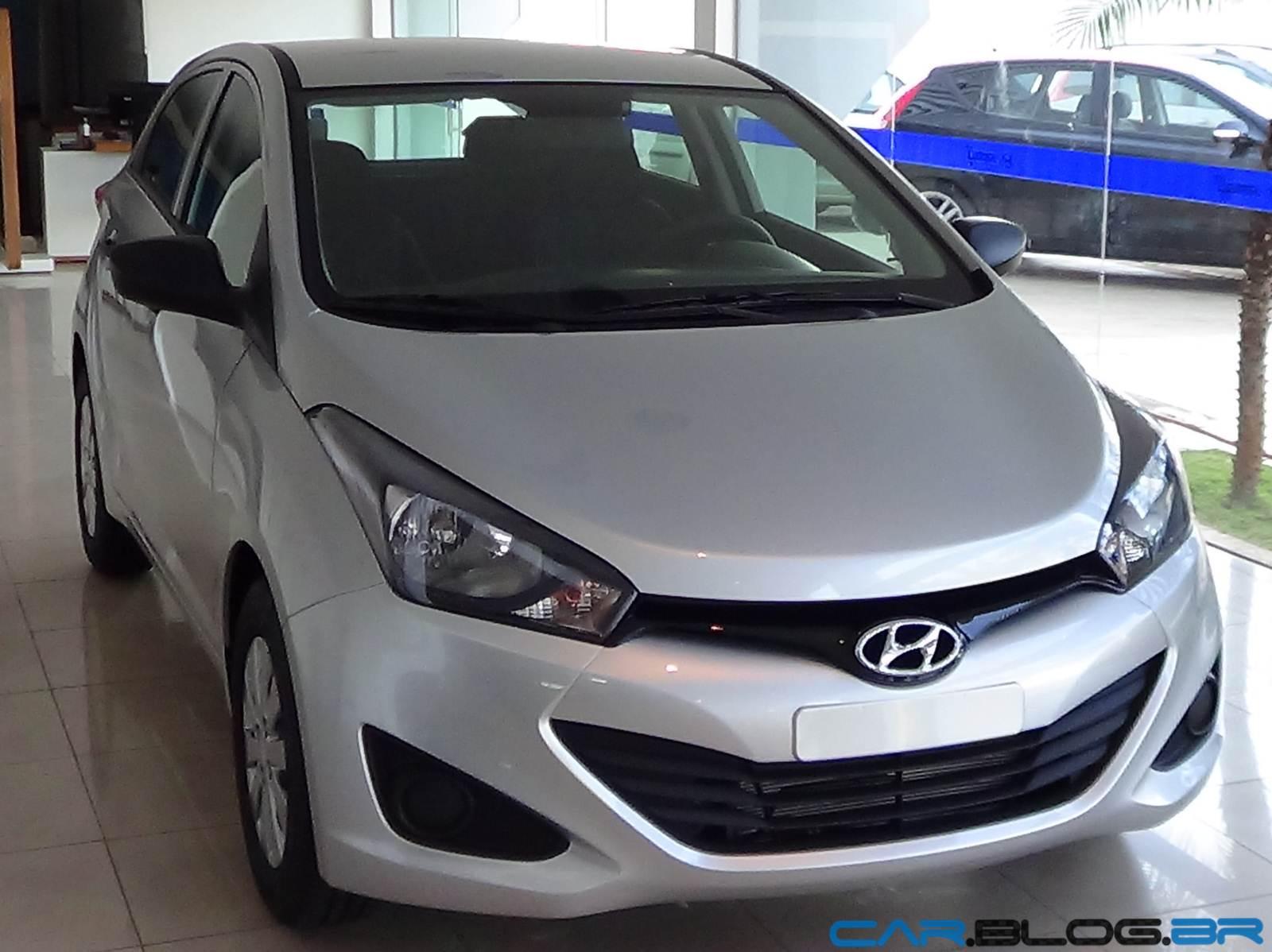 Hyundai HB-20 Prata Metal - fotos, vídeo, preços e consumo | CAR