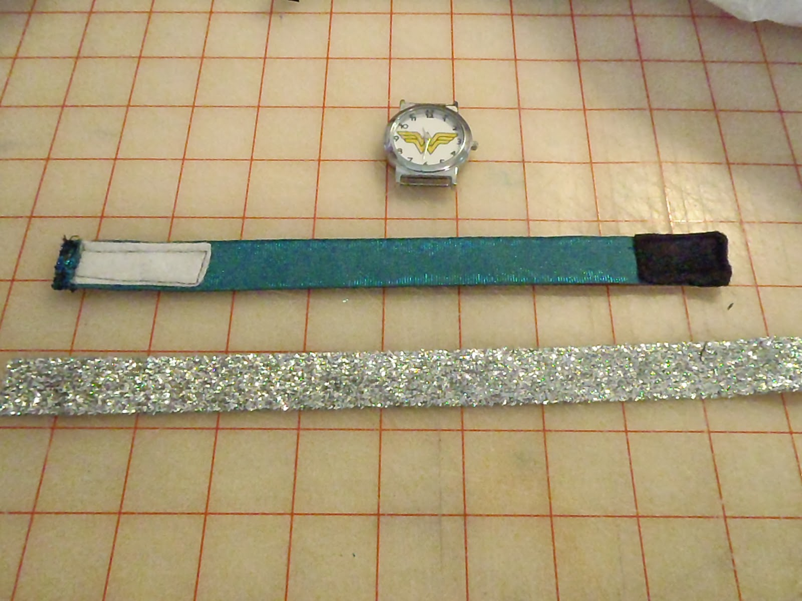 How to Make a Beautiful, Cheap, Interchangeable Watchband in under 15 minutes