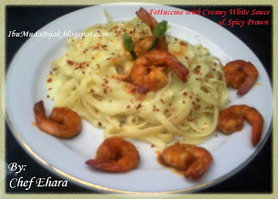 Fettuccine with Creamy White Sauce & Spicy Prawn