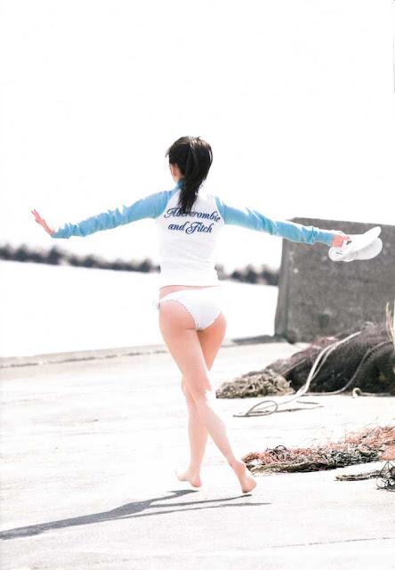 AKB48 Watanabe Mayu Mayuyu Photobook pics 50