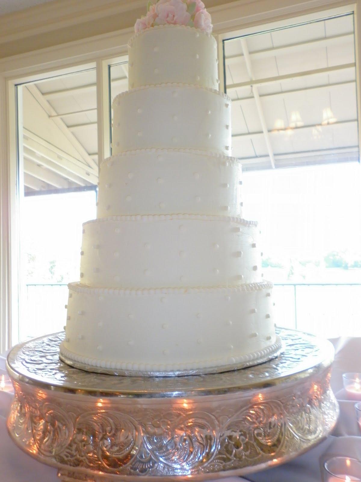 Tis So Sweet Cakes Wedding at Natchez Country Club