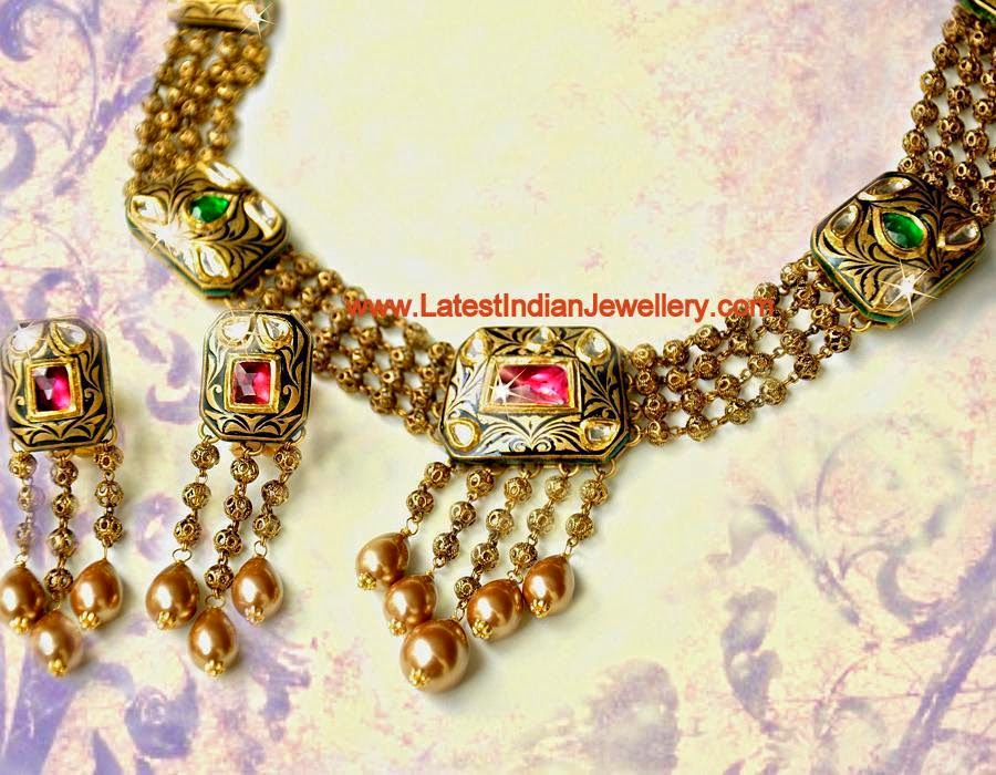 Fancy Antique Gold Beads Necklace