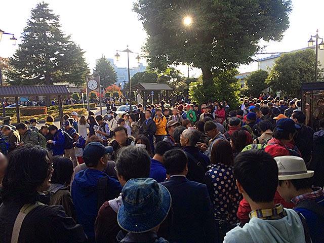 稲荷山公園駅すぐ出た所(7:24)